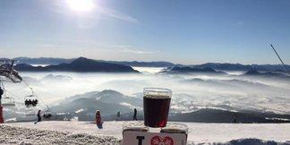 Od 13.3.2017 Jarná lyžovačka za výhodnejšie ceny! - ©facebook SKI PARK Kubínska hoľa