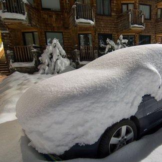 Pierwszy śnieg w listopadzie: zdjęcia z ośrodków narciarskich
