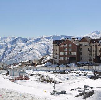 Na lyžiach v Gruzínsku - ©Marek Podmokły