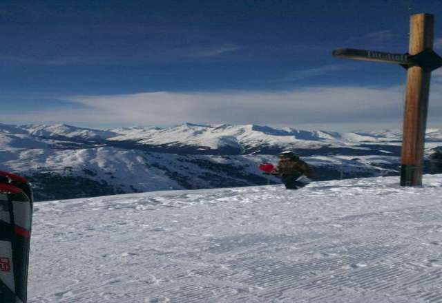 Been here for 5 days now, pistes are great, weather lovely, great skiing conditions and not too busy