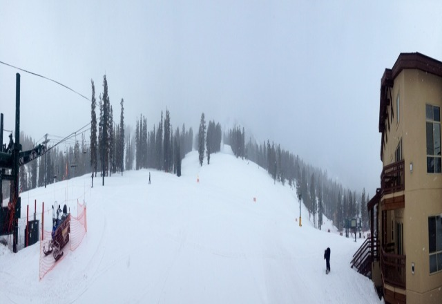 Snowed on and off today and it was great. A bit slushy but never hard ice. Felt like winter!