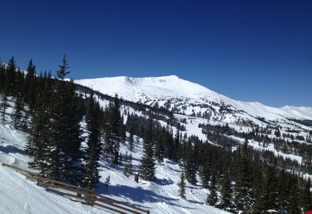 No doubt they exagerate, but there is new snow on top of new. soft but far from deep. No E-chair! WTF!!! come on Breck! Best day of the year for that sweet terrain and you shut it down. better have a good excuse. Bluebird skies