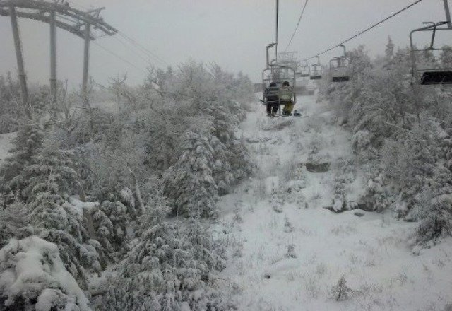 very icy and crazy wind chill. not great skiing today, but it is snowing pretty heavily. going back tomorrow.