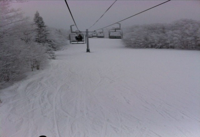 Super fresh new powder, awesome friendly staff, love this place!