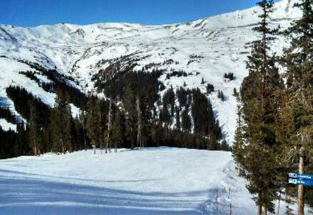 it was a great day to be on the mtn!  sure its not waist deep pow but any day on skis is a great day!!
