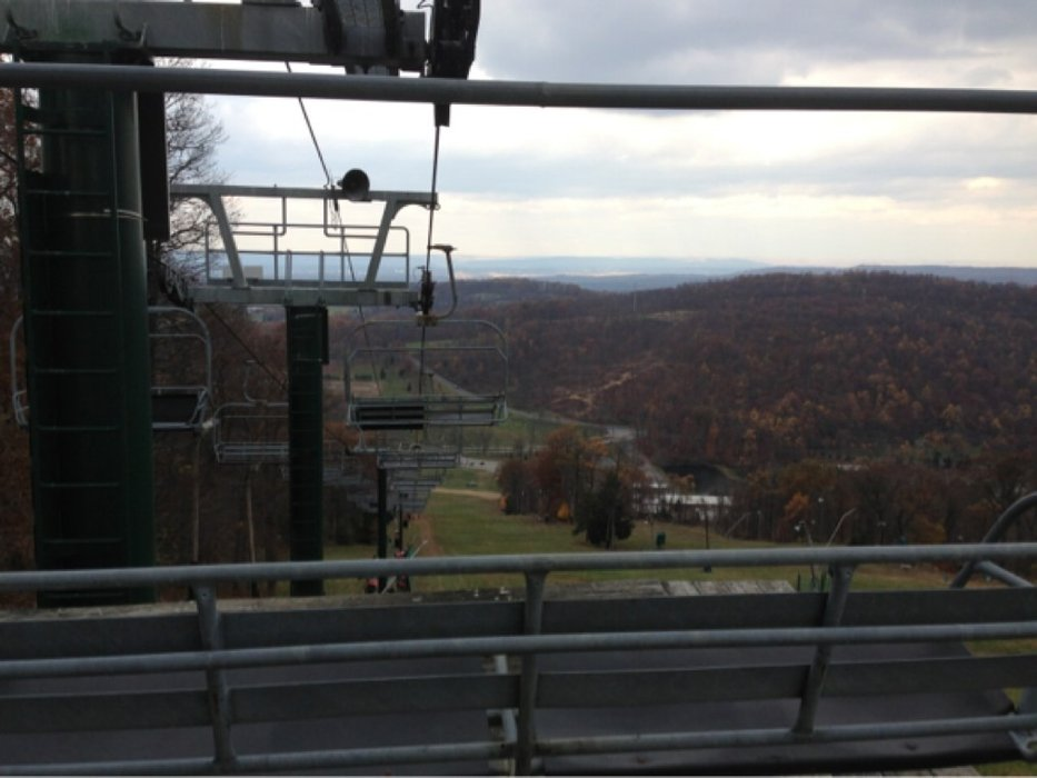 Waiting for snow. Top of minuteman chair. Taken during break in lift evac class