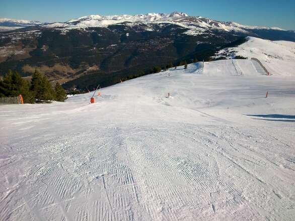 bona neu i día esplèndid