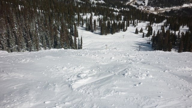 Headin' up there first week in January to shred some gnar pow!  Enjoy my pic from last season at the top of Treasure.