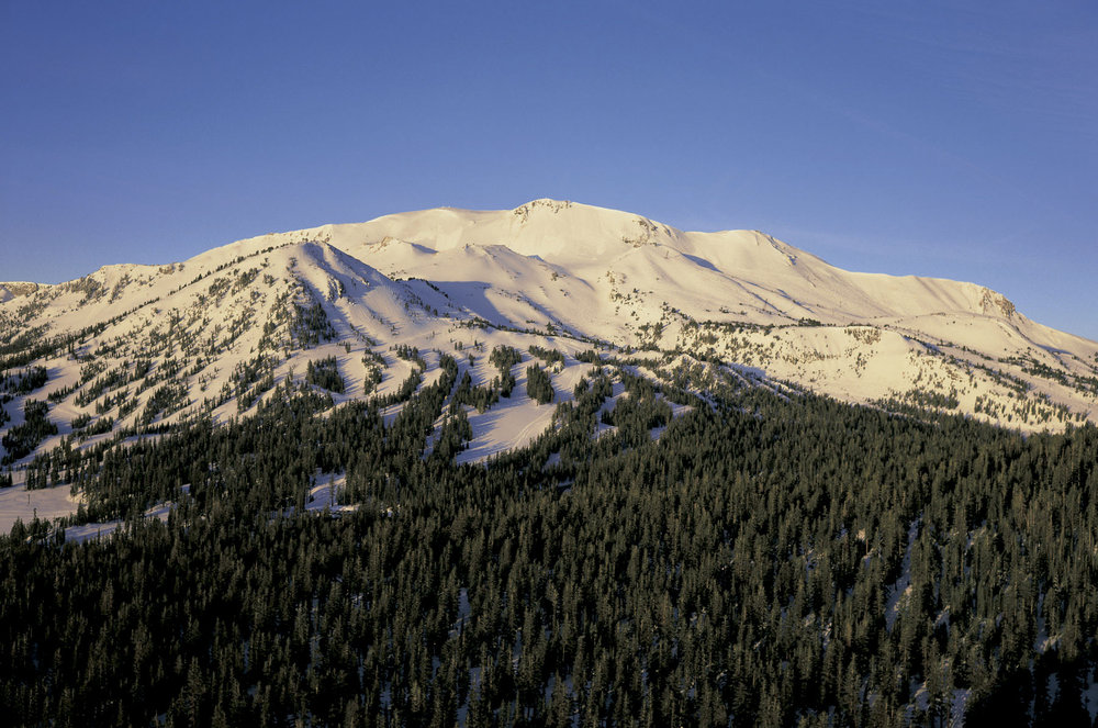 An afternoon view of Mammoth Mountain, California