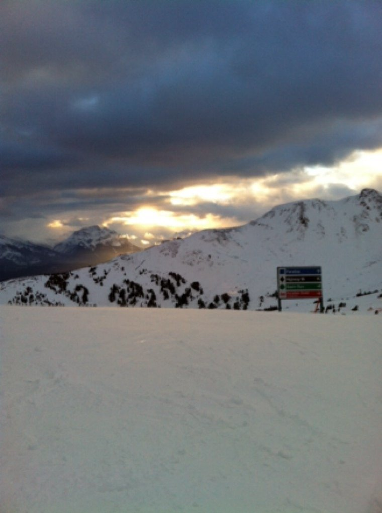 Nice view from the top but I would stay mid mountain or below. Groomers are awesome!!