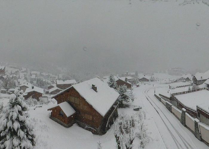 Snow in Champagny en Vanoise Nov. 15, 2013