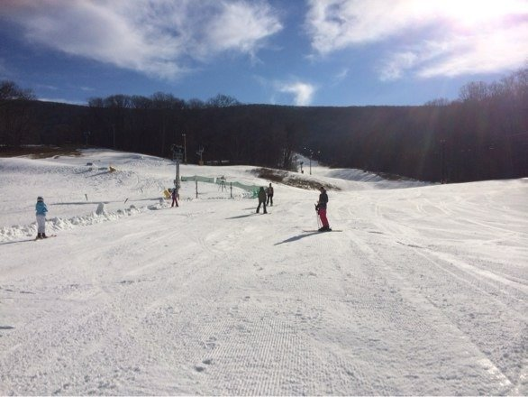 Good place to learn to ski!  We are the only ones here!