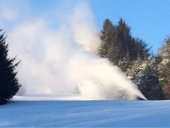 White smoke at Elk. Ullr breathes his icy breath upon us. THE SKI KING