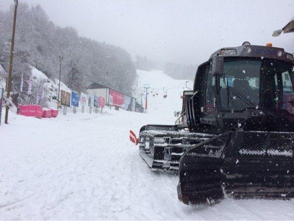Heavy snow today!
