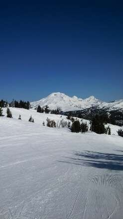 awesome day. no waits to hardly no wait. groomers were cruisers. came from Bellingham for the weekend. well worth it.