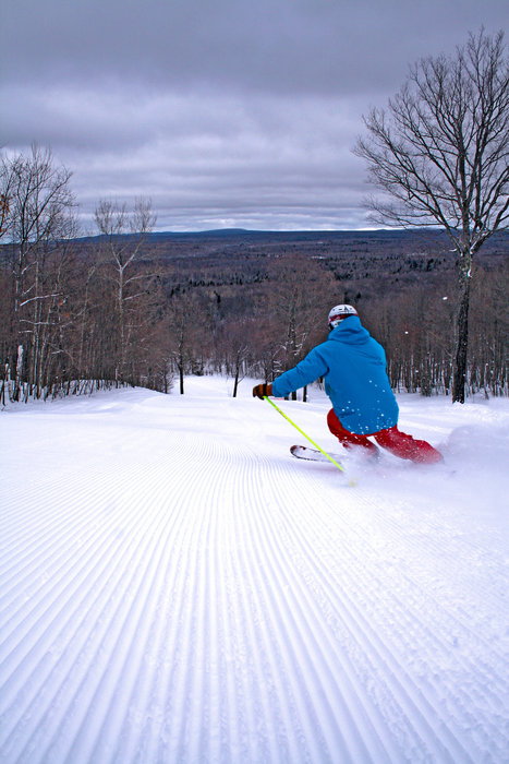 Rippin' the Indianhead groomers. - ©Indianhead Mountain Resort