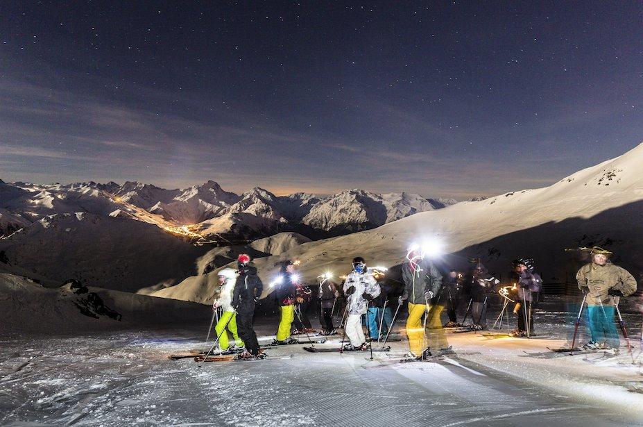 Sarenne by night l 39 alpe d 39 huez skiinfo - L alpe d huez office tourisme ...
