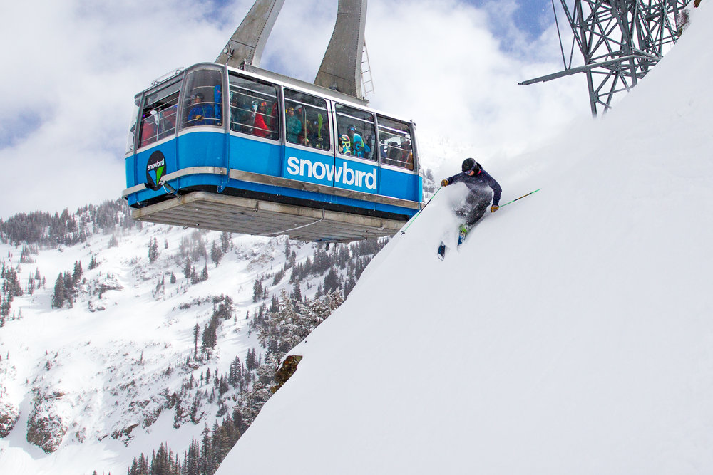 Ski Tester puttin on a show for tram riders.