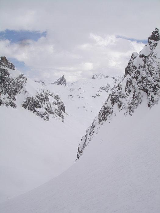 Lech Zürs am Arlberg - ©atelierlange | falcone @ Skiinfo Lounge