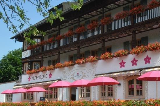 Alpenrose Hotel