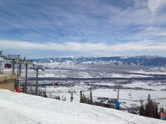 Another bluebird day.  Snow was good for early season.  Especially at the Casper lift.