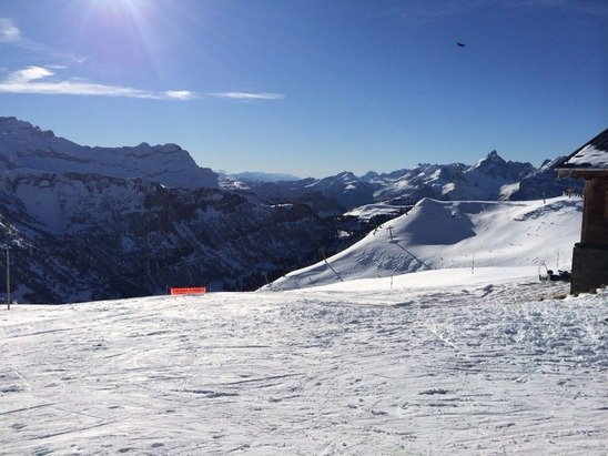 Considering lack of snowfall - some good skiing and boarding above 2000m