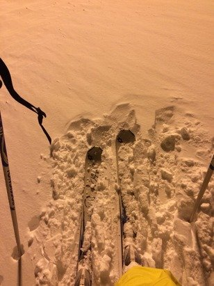 Night skiing... 10cm new snow!! ❄️