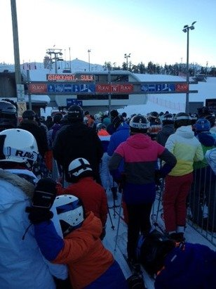 Who said there are no queues in Finland? It's just as bad as the Alps