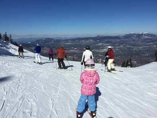 Wednesday the 18th was an amazing day on the mountain.  The extreme cold had subsided, the wind slowed, and the sun was shining.  Snow was absolutely perfect.