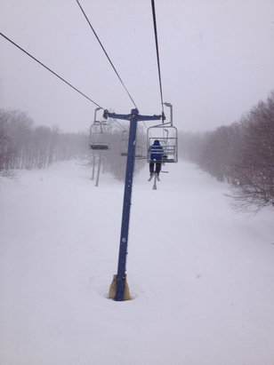 Plattekill Mountain - Snow all day Conditions much better than you would think. Next weekend should be great ! - ©thehof