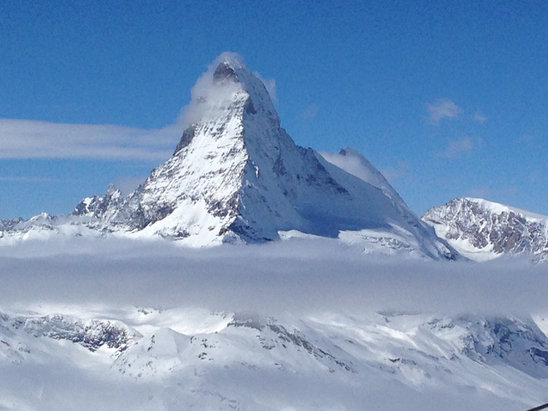 Zermatt - Beautiful here! High winds today, so we couldn't get over to the Italian side, but sun is shining and there's plenty to ski!