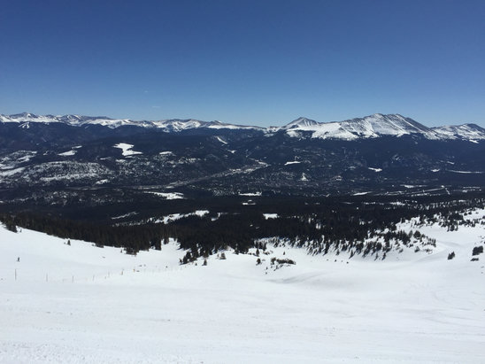 Breckenridge - Peak 6 good all day, 7 good in morning, mashed potatoes bottom half late, 10 too choppy for boards after noon. Spring conditions w/snow expected tonight. (Pic is from top of 6)