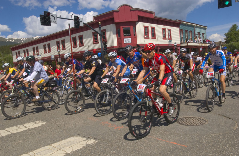 Racers in Breckenridge's July 4th Firecracker 50. Image by Katie Kirtman.