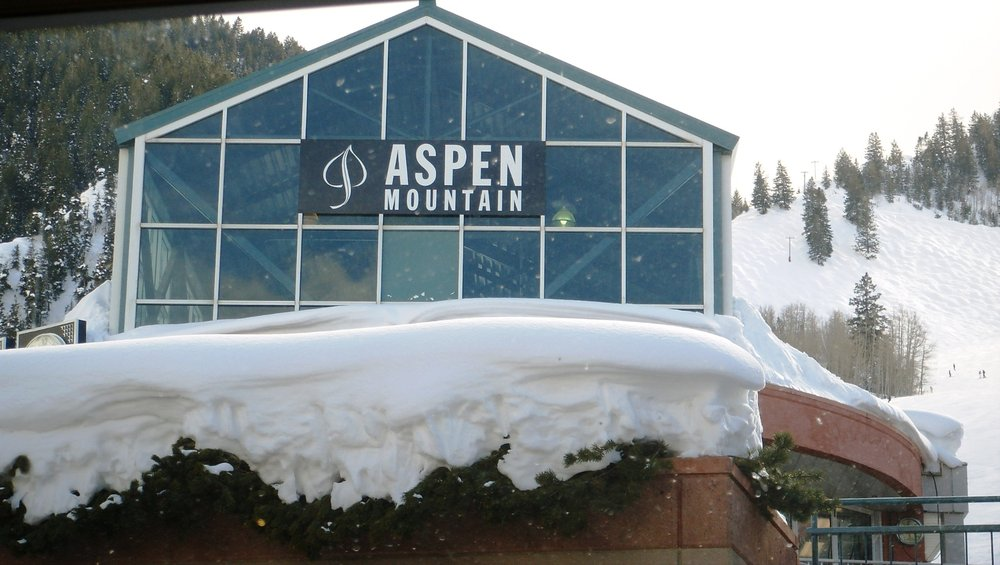 Aspen / Snowmass - ©A snow @ Skiinfo Lounge