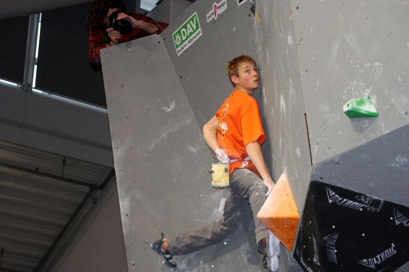 Alex Megos hat das Ziel fest im Blick - ©bergleben.de