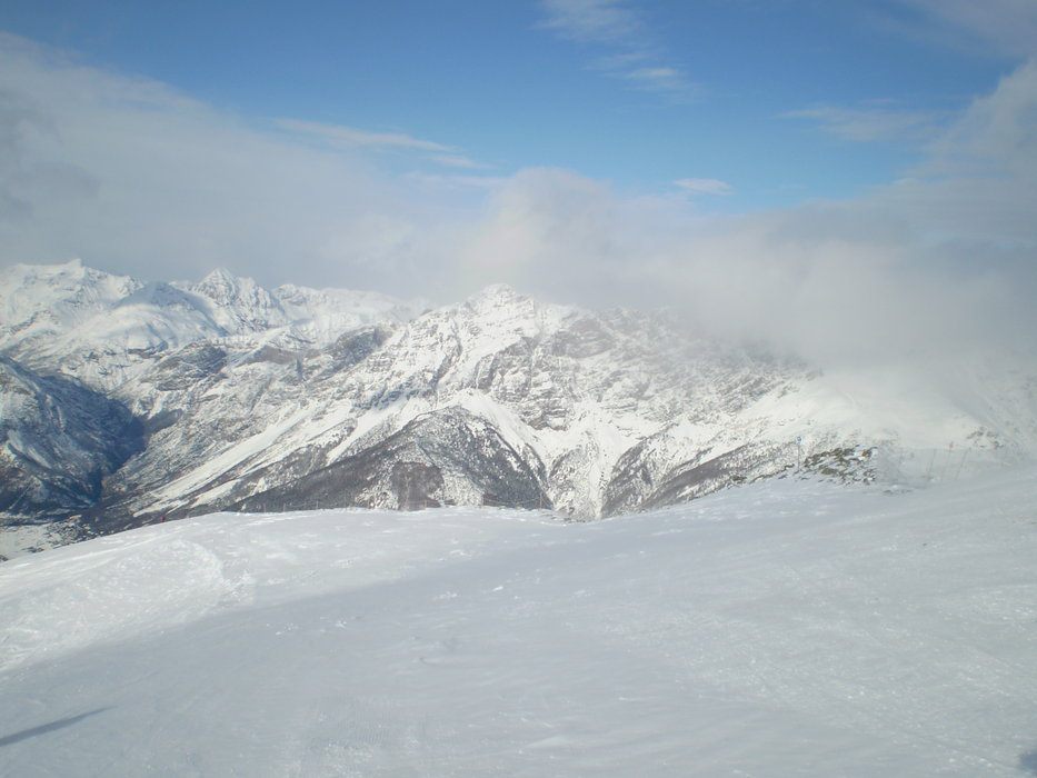 windy and cold - ©donnaanna @ Skiinfo Lounge