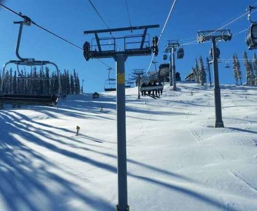 Keystone - First tracks at Keystone on a Bluebird day!  6 runs in on Spring Dipper and out before noon. couldn't ask for better conditions!  - ©rmendel12