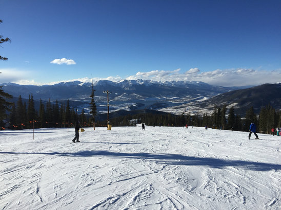 Keystone - Beautiful day yesterday but it was pretty icy by the end of the day and coverage on non-groomed runs was spotty in places. Good conditions overall though, especially considering it is still November. - ©Joseph Zimmerman's iPhon