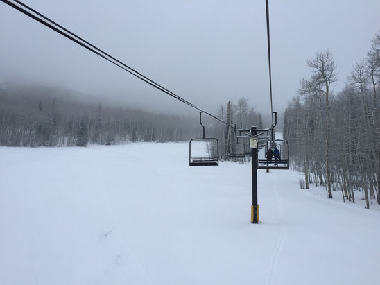 Sunlight Mountain Resort - Beautiful powder at Sunlight!  It will really be awesome tomorrow!! - ©Vicky's iPhone