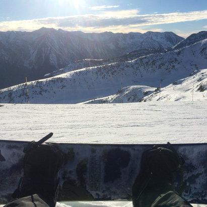 Ax les Thermes - Bonne neige pour mise en jambes ! Merci pacha mamà! - ©iPhone de Alejandro