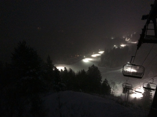 Sundance - Great night skiing.  Several inches of new snow during the night. - ©AFE JJP 4GS