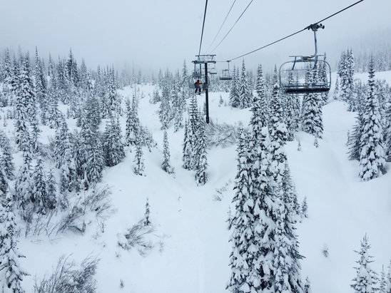 Whitefish Mountain Resort - Christmas Eve - no crowds - great powder! - ©Helene Robinson