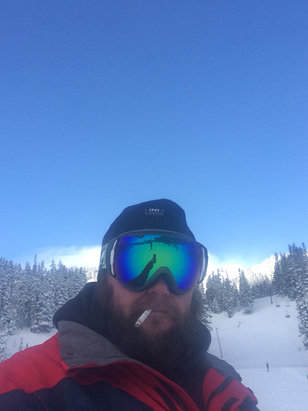 Mt. Hood Meadows - Firsthand Ski Report - ©Donivons phone