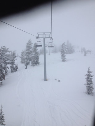 Timberline Lodge - Epic weekend at my hood. 22 in of new snow the time I was here.  - ©Matthew's iPhone