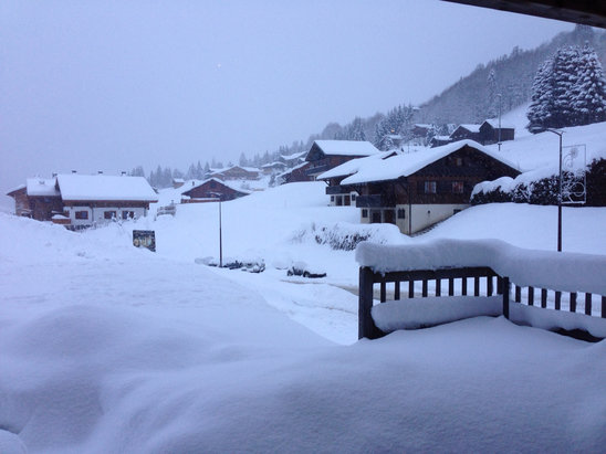 Les Gets -  Fresh snow falling now!  - ©Great Days