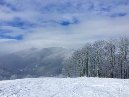 Cataloochee Ski Area - The meadow was open this weekend with 12