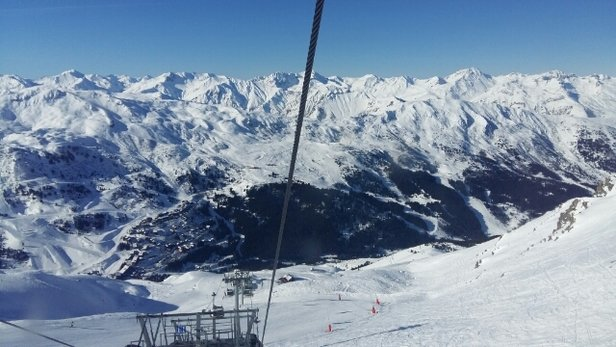 Meribel - beautiful blue skies and dont need too many layers as very warm in the sunshine - ©gingermum23