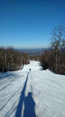 Wachusett Mountain Ski Area - What a great day!! Sunny, warm, and great snow! - ©razorfacemadman