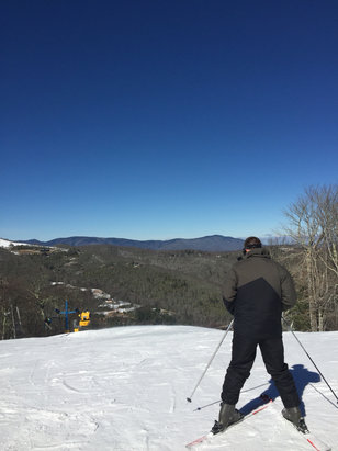 Cataloochee Ski Area - Been snowboarding past 2 data conditions aren't bad just a few icey spots but hole mountain open and always enjoy coming to cat every year. - ©Dragon