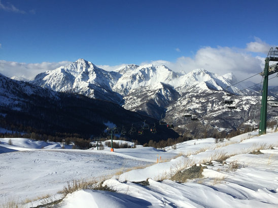 Sauze d'Oulx - Firsthand Ski Report - ©allison's iPhone